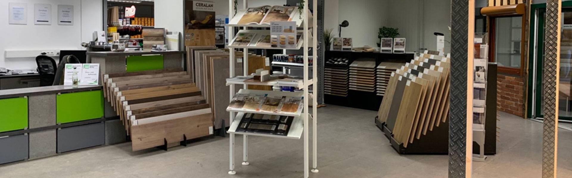 Auswahl von Bodenbelägen in der Ausstellung